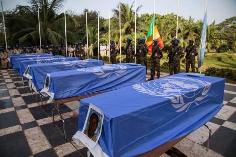 cercueils de casques bleus