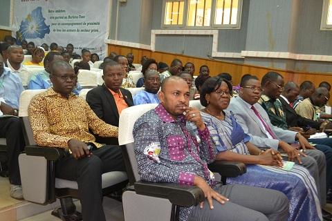 participants au dialogue
