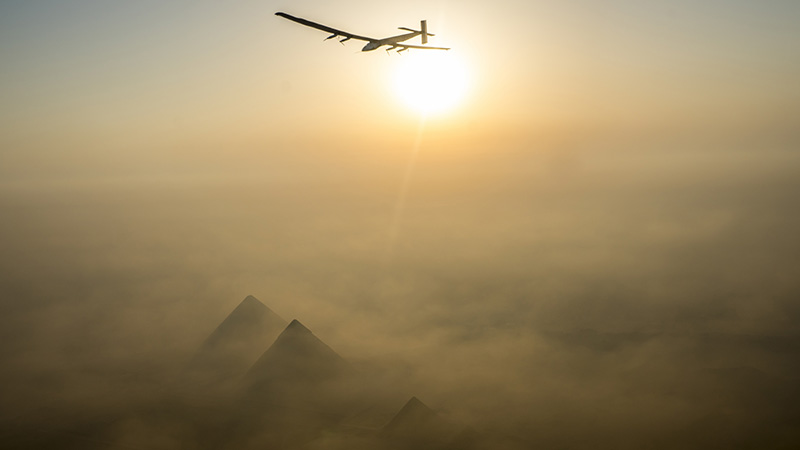 Solar impulse pyramids 3 800