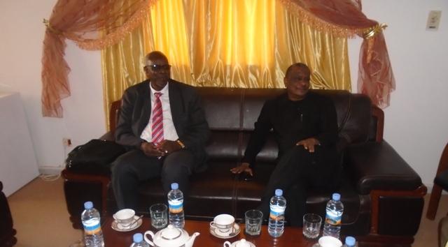 Ambassadeur du Mali et le SPG5S